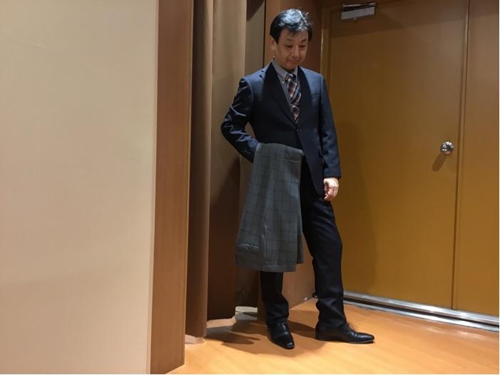 ツーパンツスーツ コーディネイト。