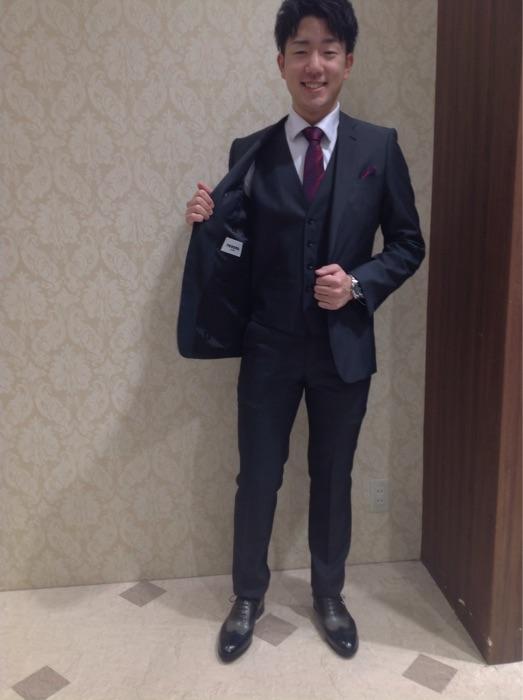 レノマ新作スーツのご紹介☆