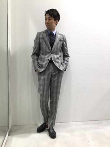 TAKA-Q岡崎 クラシックムードを愉しむスーツ スーツ20%OFF