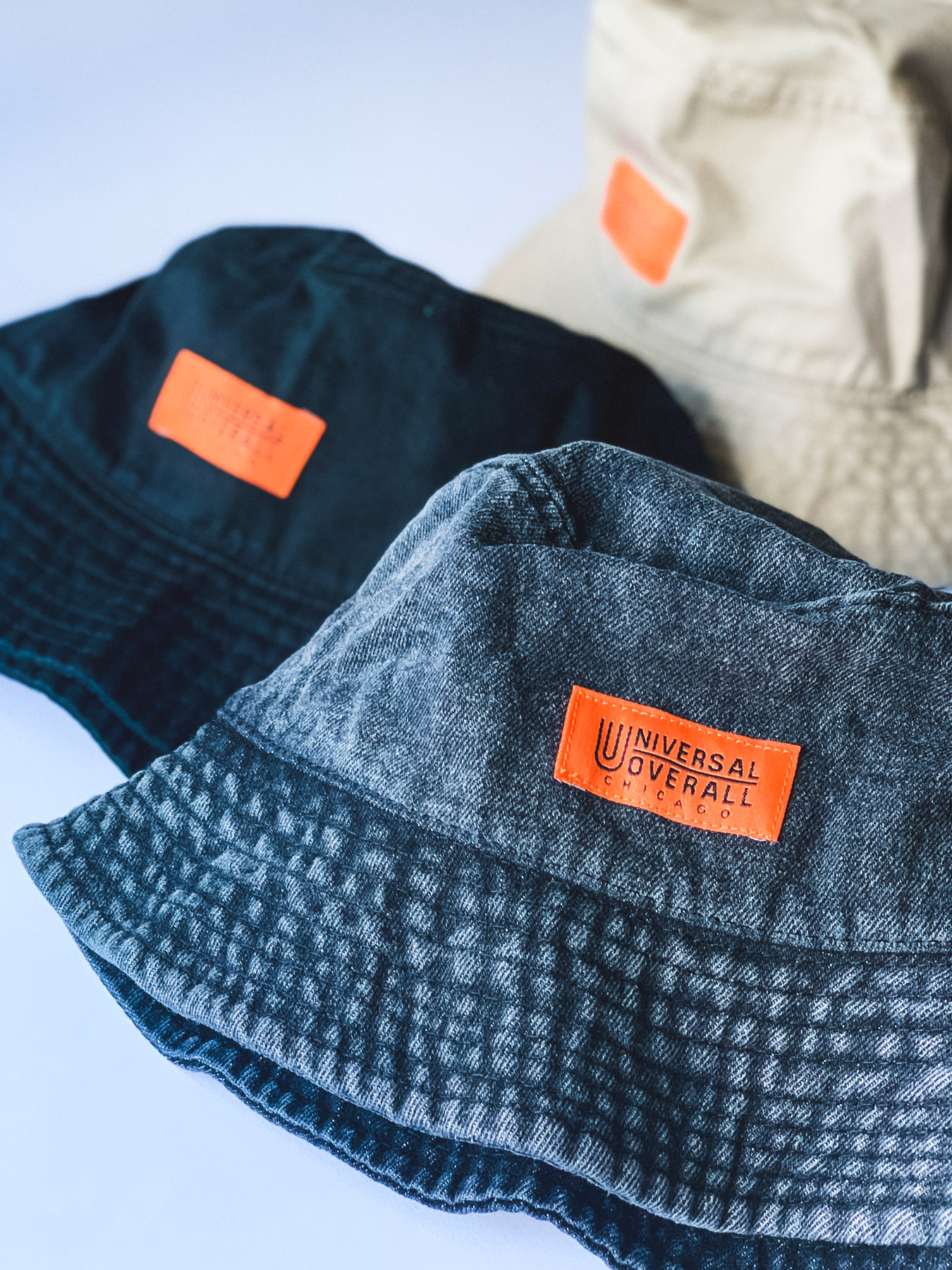UNIVERSAL OVERALL x Newhattanバケットハット