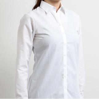 従来の白シャツ