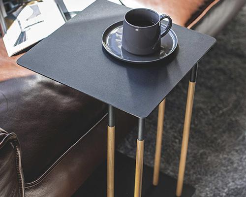 差し込みサイドテーブル